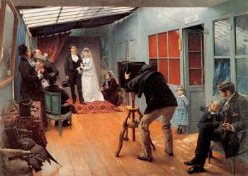 Практикующий фотограф на свадьбе
